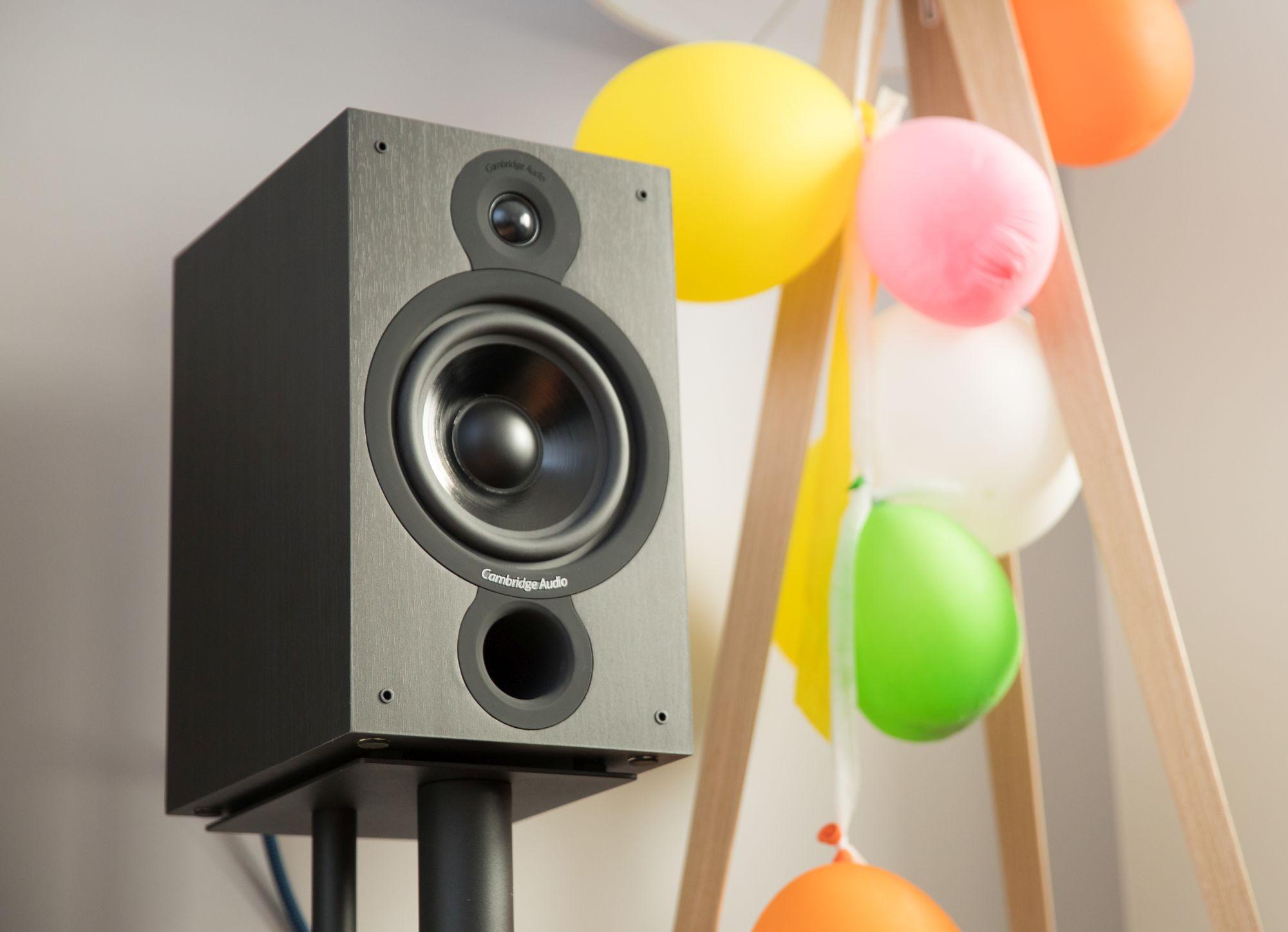 Bookshelf speakers up to 500 USD